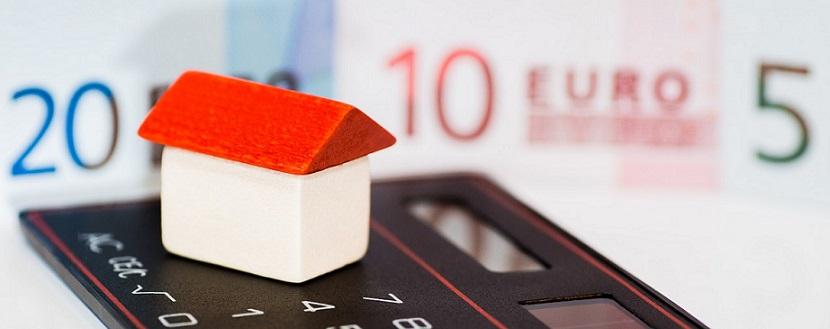 El banco tiene obligación de informar a los compradores de vivienda que se subrogan en los créditos de promotores, sobre la existencia de cláusulas suelo